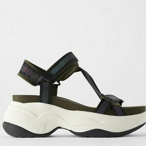 Zara Chunky sole flat sports sandal size 41 us 10